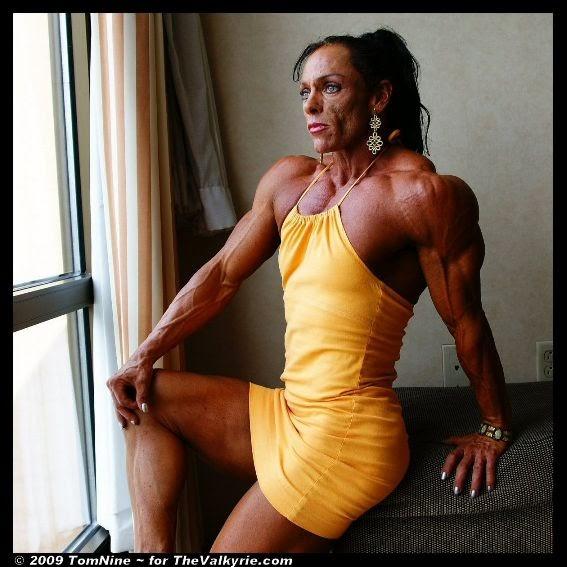 Nude muscle women oiled