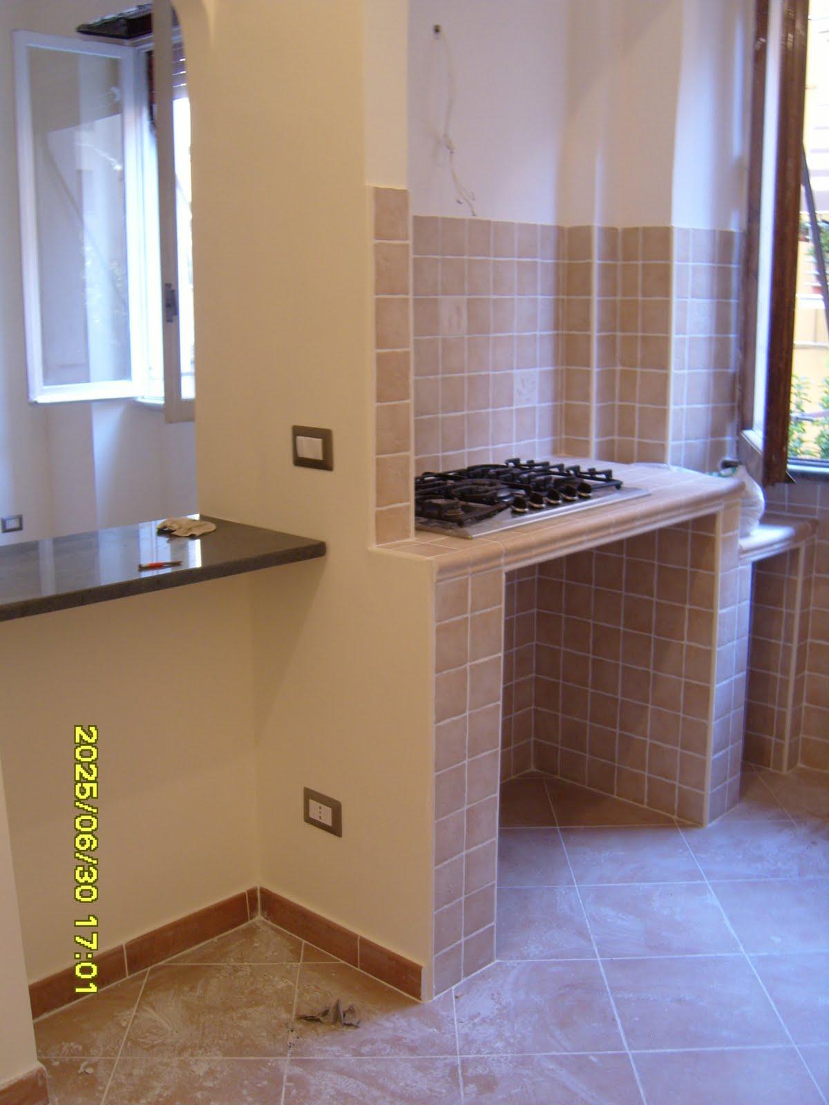 Ristrutturando Casa: LE CUCINE IN MURATURA ECONOMICHE #2B4BA0 1200 1600 Foto Cucine In Muratura Con Isola