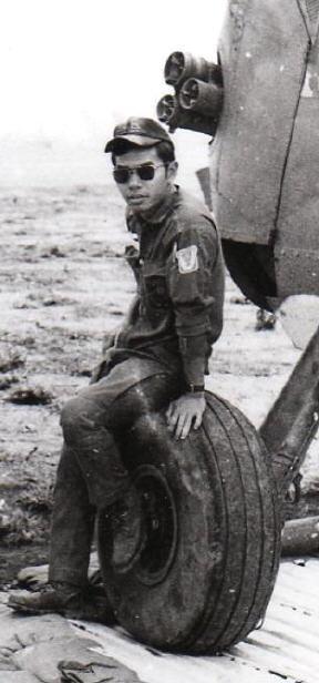 219 Trung Úy Nguyễn Hoàn và H34 Trong Vùng Hành Quân