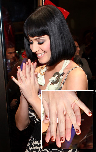katy perry nail polish black shatter. Katy+perry+nail+polish+