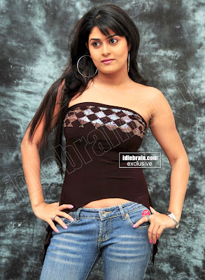 TAMIL HOT ACTRESS MASALA Manjulika Spicy Pictures