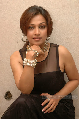 Tollywood Actress Asha Saini Hot Pics in transparent dress