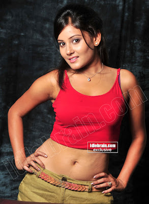 DESI HOT MASALA Actress ARCHANA GUPTA Exposing Hot Pics
