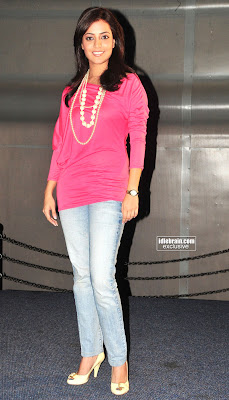 South Indian New Upcomming Actress NISHA AGARWAL photos