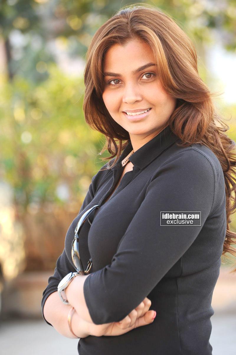 hot indian actress blog actress deepali singh portfolio photo shoot