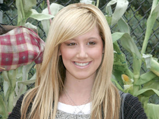 ashley naked tisdale