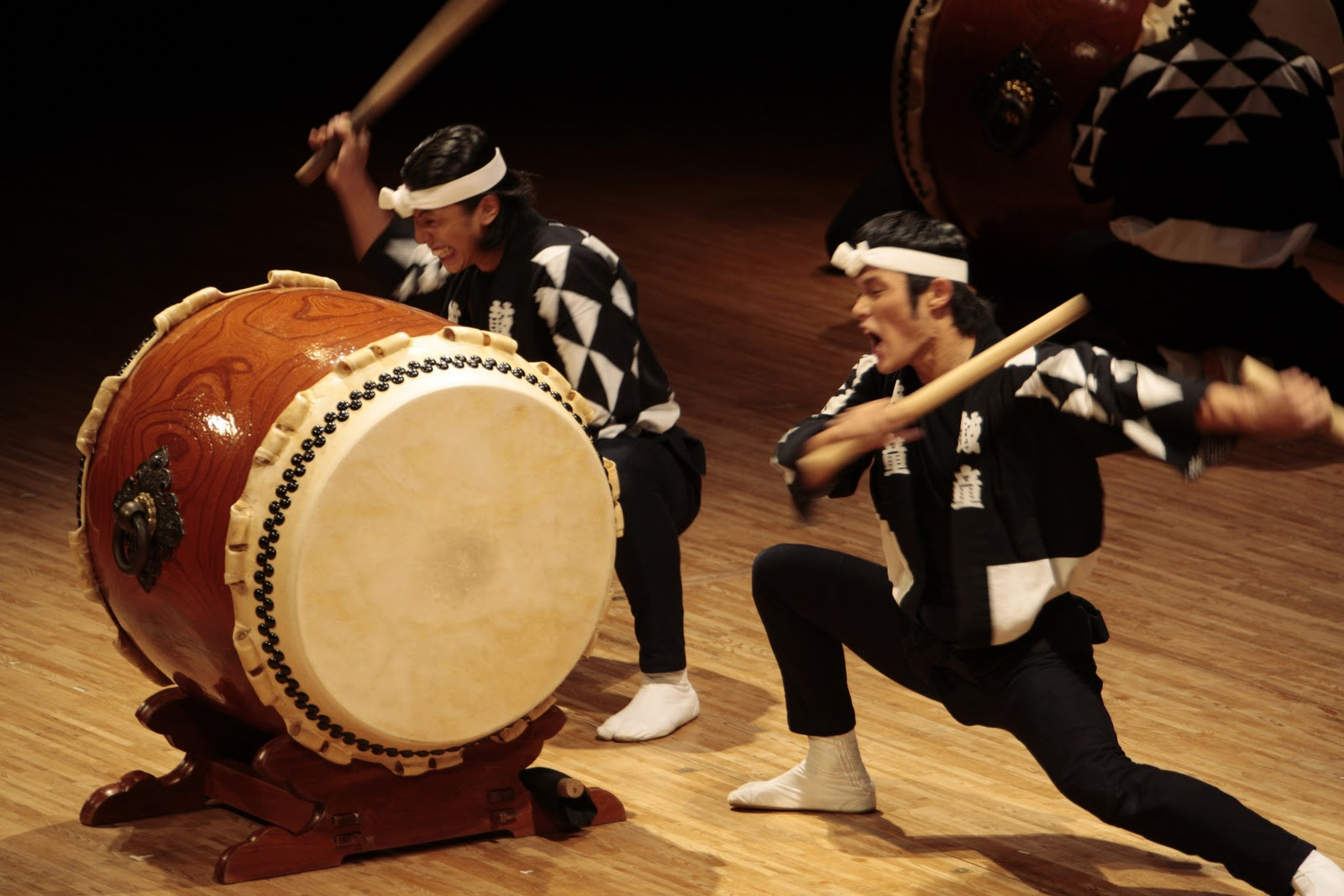 Japanese Drum Group 60