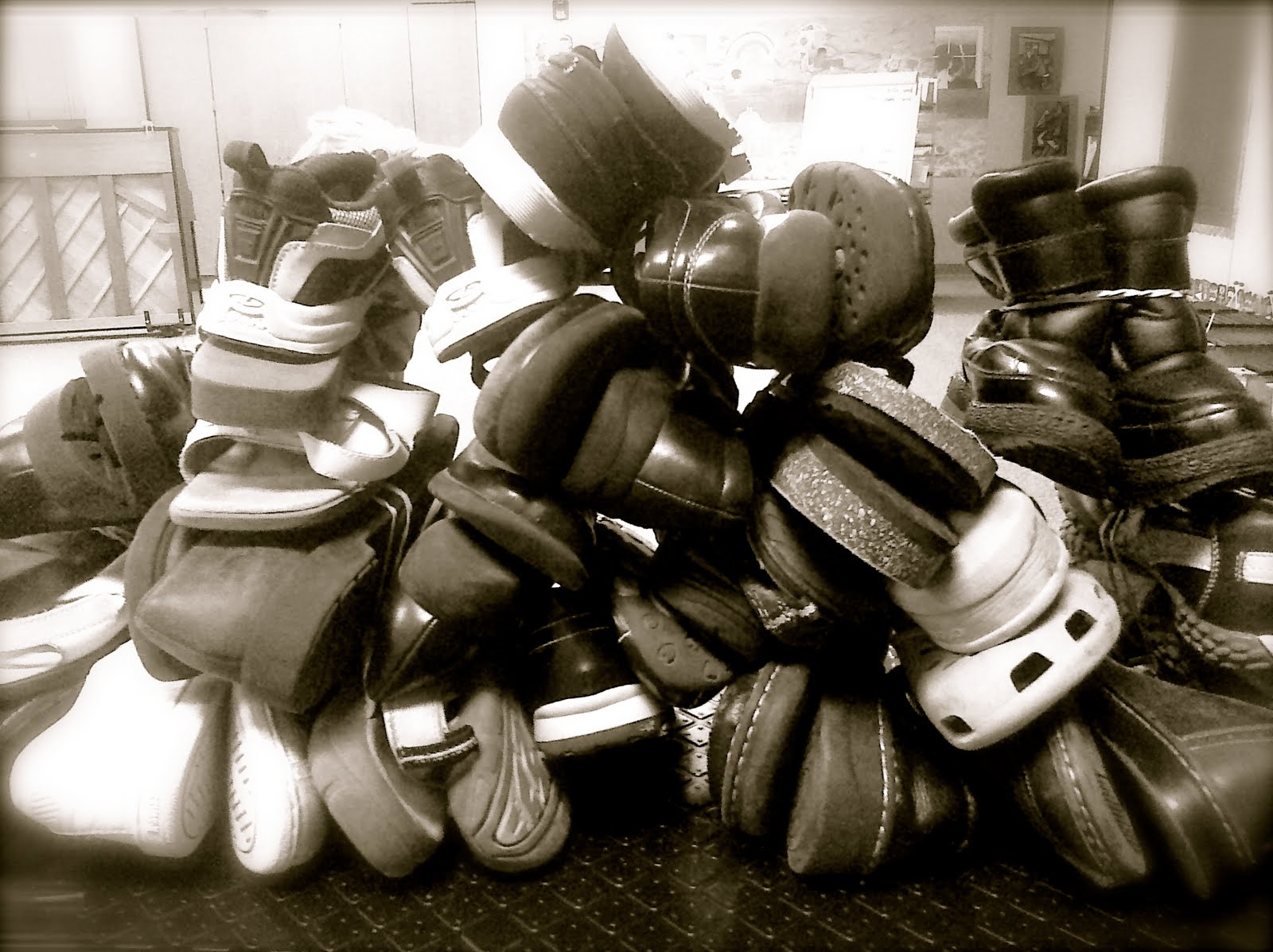 A big ole pile of SHOES!