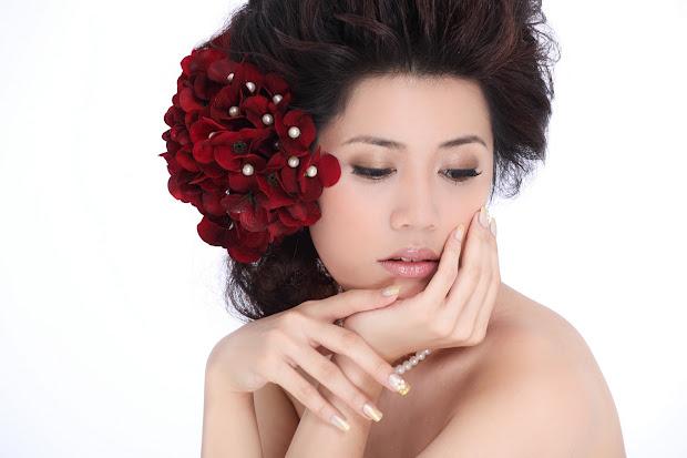 eve makeup & hair design