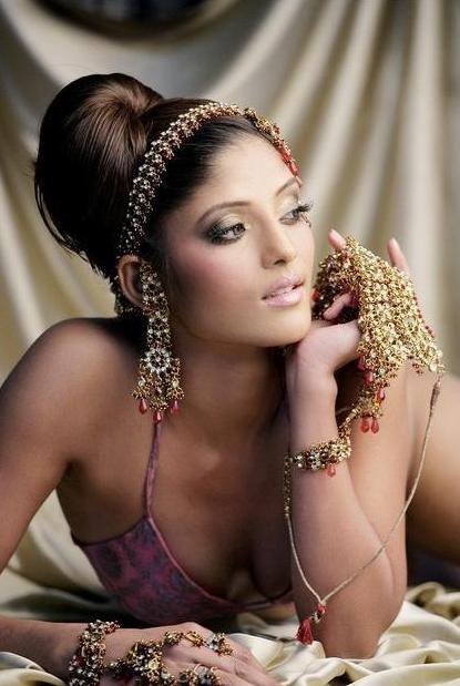 Kajal Jain Latest Wallpapers glamour images
