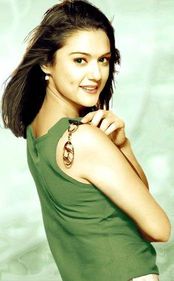 Preity Zinta Bollywood Star Cool Picture Album Photoshoot images