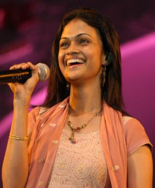 Sujithra Tamil Singer Wedding Latest Kollywood News Movies