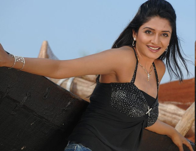 Hot Pictures of Vimala Raman wallpapers