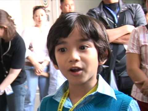 Bimby is the 3-year-old son of estranged couple Kris Aquino and James Yap, .