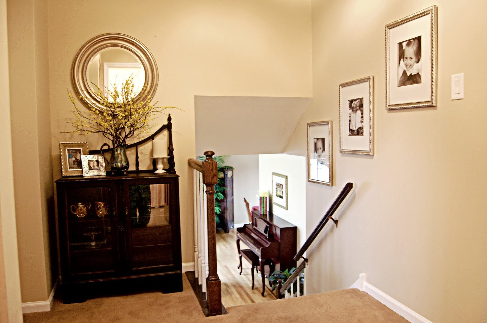Upstairs Foyer Ideas : Upstairs landing decorating ideas fabulous want with
