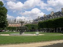 13 Place des Vosges