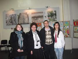 Împreună cu profesoara Liliana Hudea şi elevele Diana Bîzgan şi Nicoleta Genilă ( clasa a XI-a C )