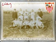 PRIMER EQUIPO DEL SEVILLA FC QUE SE ENFRENTÓ AL HUELVA