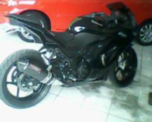 Dijual Sepeda Motor KAWASAKI NINJA 250 Tahun 2009 title=