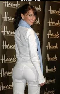 atriz Jennifer Love Hewitt atriz, morena gostosa sensual de calcinha, lingerie