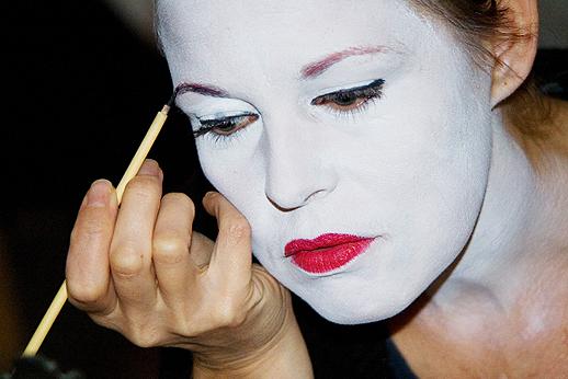 memoirs of geisha makeup. Japanese geisha makeup,
