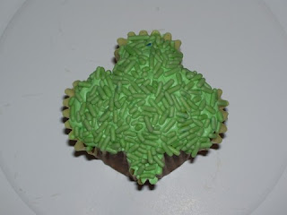 Craftastic World Shaped Cupcakes From Standard Pans