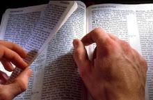 Examinando La Biblia
