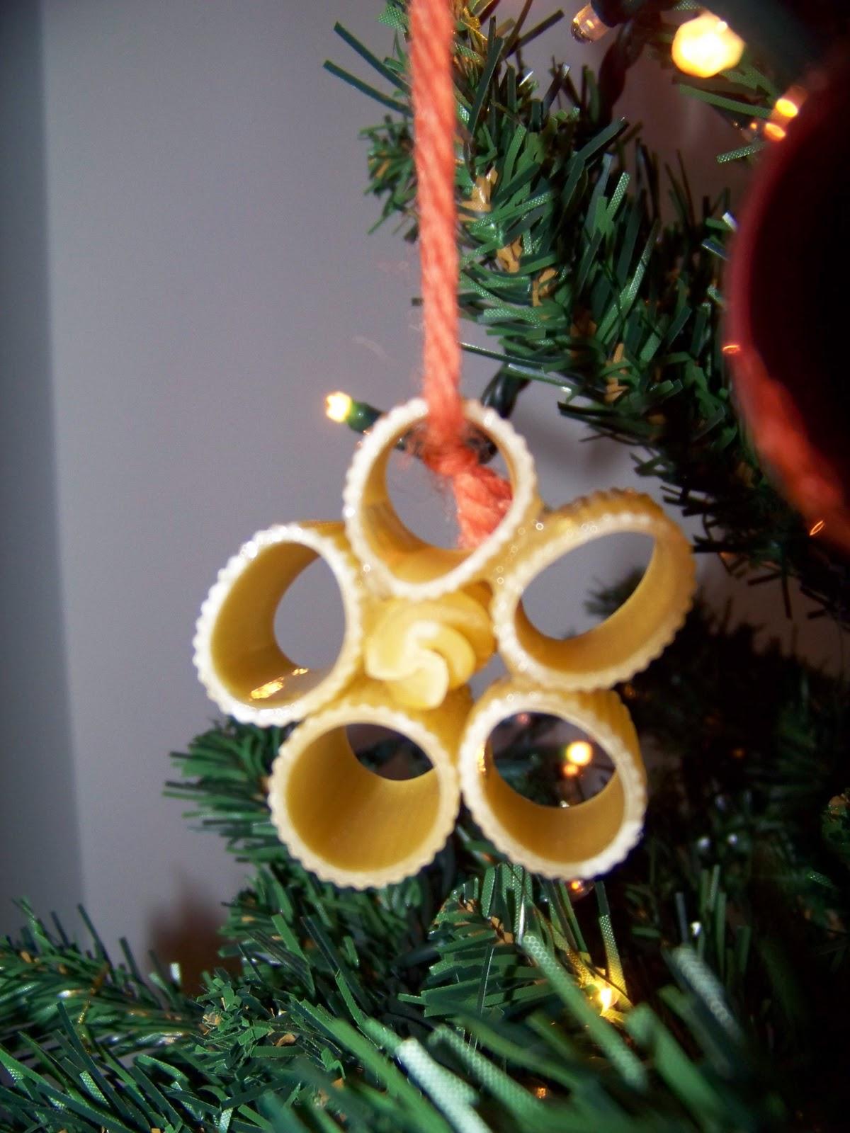 Mamma giochiamo addobbi per albero di natale con pasta for Addobbi albero