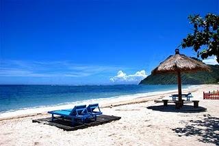 http://4.bp.blogspot.com/_aVQAcT1By1Y/TIfKXLUqzmI/AAAAAAAAAMk/SUNP7Qk_75s/s1600/maluk+beach.jpg