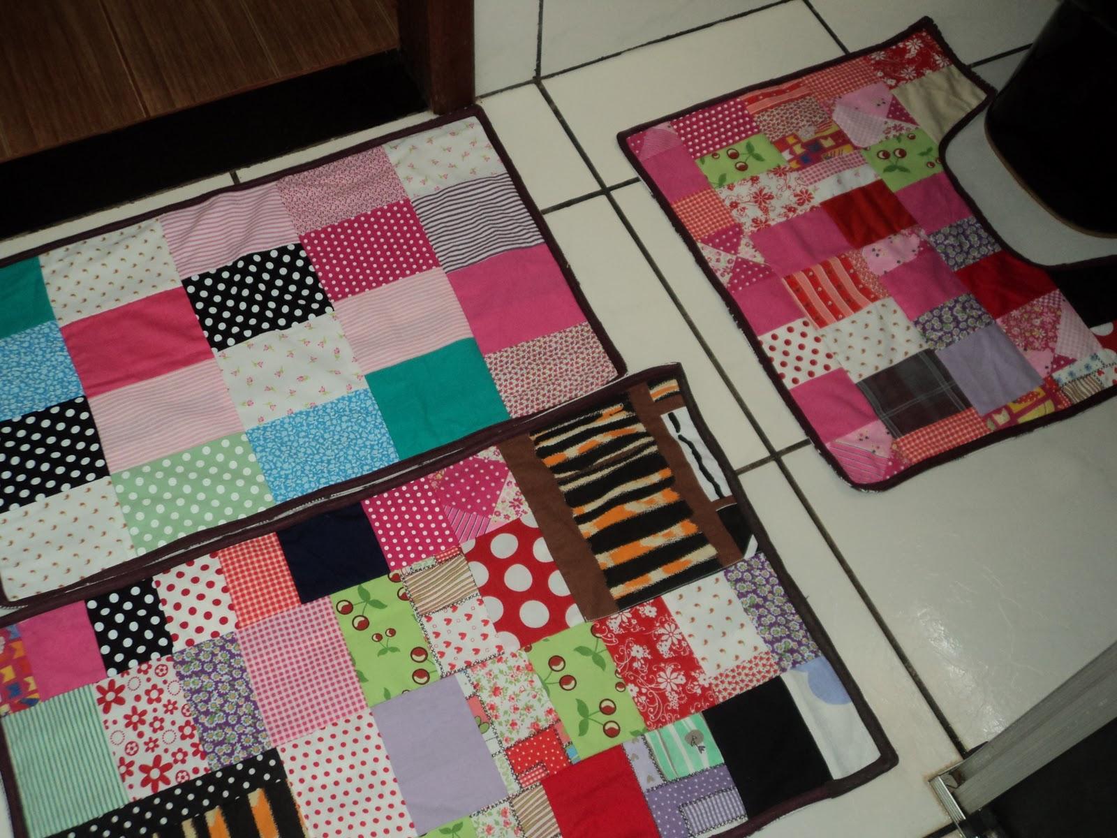 Patchwork Em Tapete De Banheiro : de banheiro n?s fizemos com sobras de tecidos d? um colorido e um