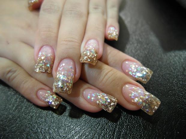 nail status glitzy bling