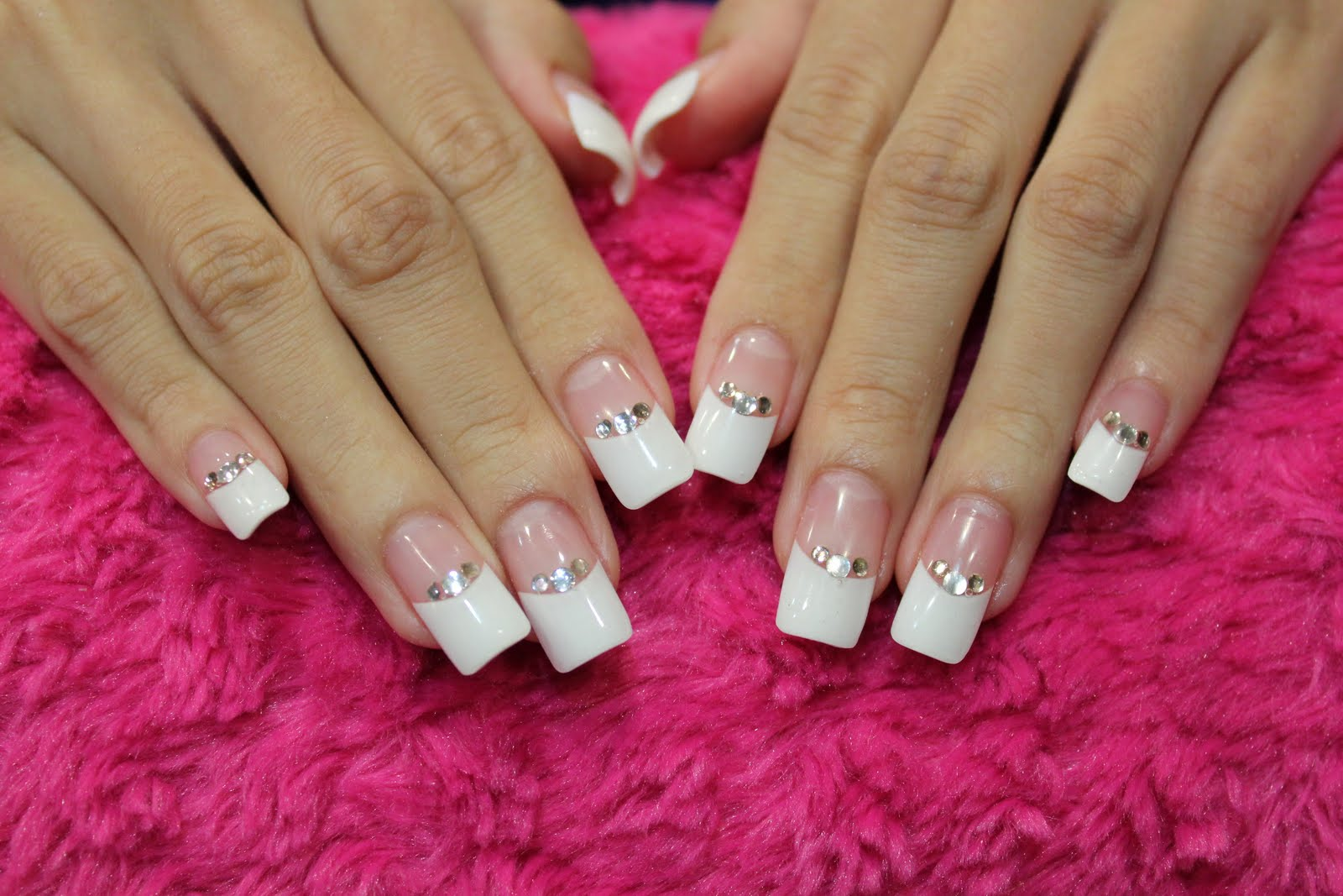 Top Bridal Nail Designs for Weddings 1600 x 1067 · 184 kB · jpeg