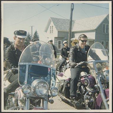 [riders]