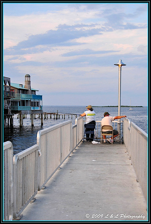 Cedar key florida photos fishing on the new pier for Cedar key fl fishing
