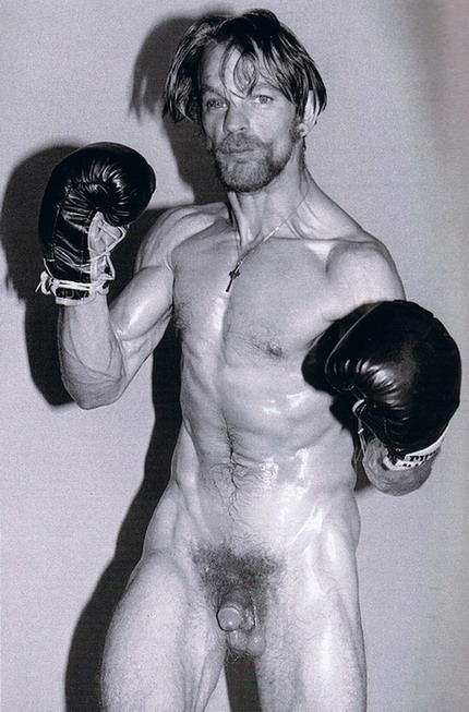 Guys nude boxing for girls 14