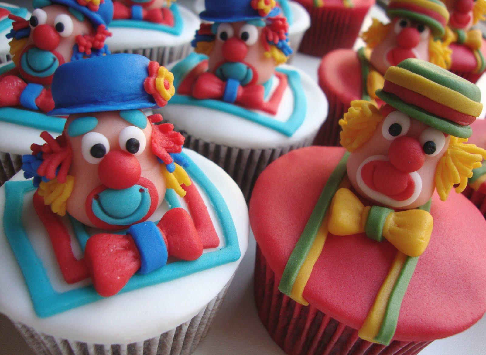 Do Ano Cupcakes De Chocolate   Decoracao Do Patati Patata Foi Um