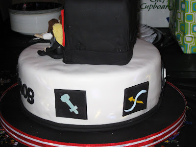 30th birthday cakes for men. funny irthday cakes for men.