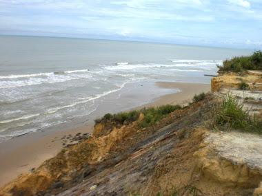 tepian pantai