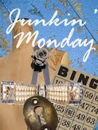 Junkin Mondays Blog Stroll