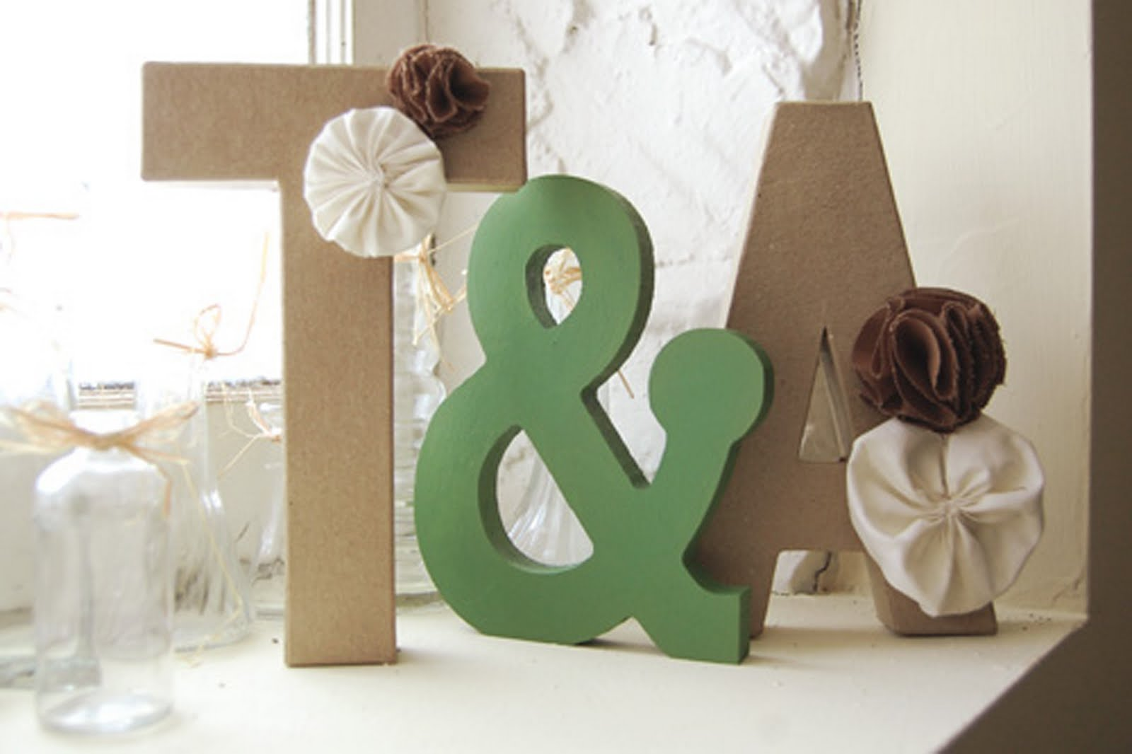 Diy home decor letters in honor of design for Ta home decor
