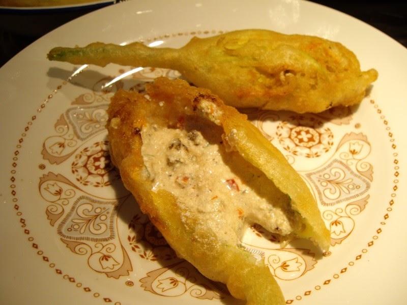 Mis recetas de cocina flores de calabac n rellenas y for Cocina de jamie oliver