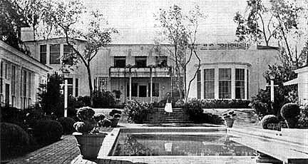 The Konformist Blog The Haunted Home Of Joan Crawford