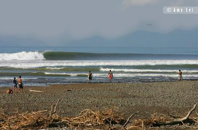 Soda mary surf team costa rica boca barranca - Bagno boca barranca ...