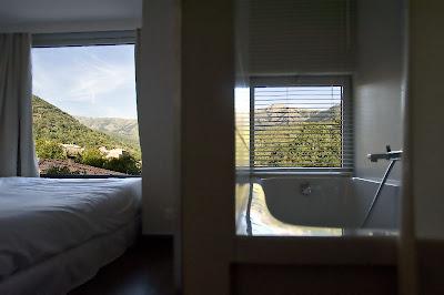 hôtel artemisia-chambre et salle de bain