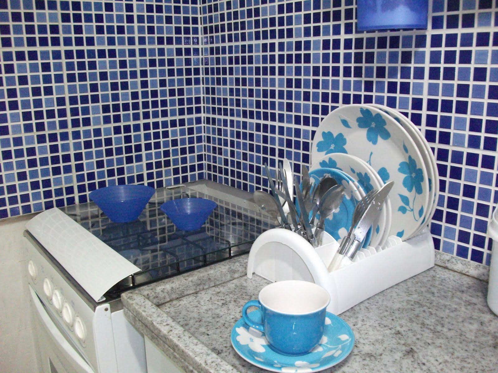 PROJETOS: Pastilhas e cerâmicas que imitam pastilhas #31739A 1600x1200 Banheiro Com Ceramica Tipo Pastilha