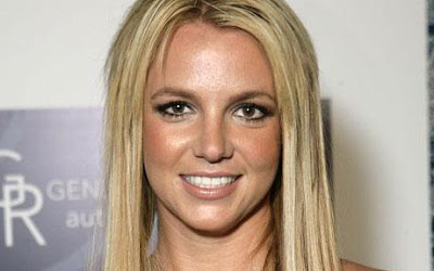 Britney Spears' Womanizer hit #1 in the Billboard chart