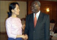Aung San Suu Kyi with Ibrahim Gambari