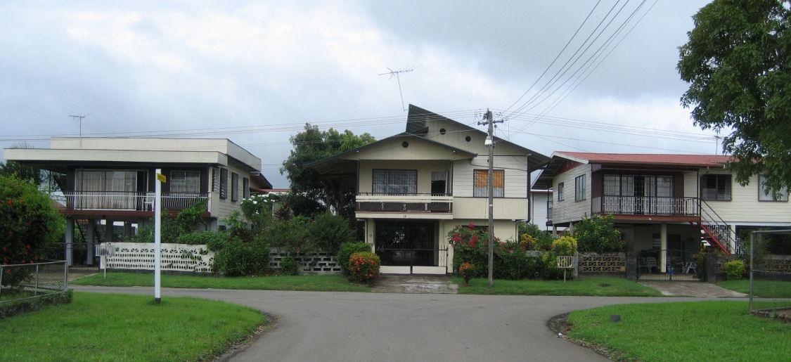 huizen in suriname