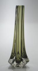 Tricorn vase pat. 9570