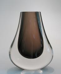 Hambone Vase pat. 9656